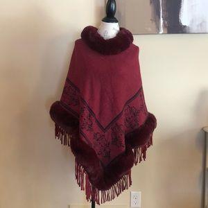 Sweaters - Faux fur Poncho EUC